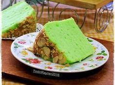 Pandan Chiffon Putih Telur Selembut Kapas No bau telur recipe step 8 photo Resep Sponge Cake, Resep Cake, Pandan Chiffon Cake, Pandan Cake, Brownie Muffin Recipe, Brownie Cake, Brownies, Indonesian Desserts, Indonesian Recipes