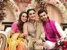 Image may contain: 3 people, people standing Pakistani Wedding Outfits, Pakistani Dresses, Punjabi Wedding, Indian Dresses, Beautiful Celebrities, Most Beautiful Women, Beautiful Dresses, Nice Dresses, Pakistani Actress