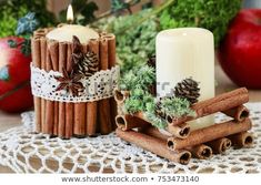 DIY Christmas Decorations: Tips On How To Create Winter Holiday Spirit Using Regular Candles Christmas Mood, Christmas Candles, Christmas Centerpieces, Christmas Crafts, Christmas Ornaments, Winter Holiday, Outside Christmas Decorations, Natal Diy, 242