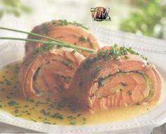 ¿Que me dicen ustedes?, de esta Receta de Salmón, se sale del tiesto con ese relleno. Vean ustedes haber si le gustan http://www.tucocinera.com/2015/10/salmon-con-calabacin-y-patata.html Redacción: Miguel Monje Torreño