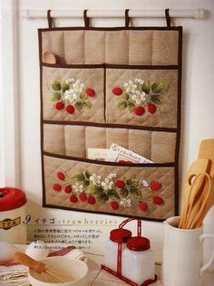 Inspiration Pic - Embroidered Strawberries on a hanging organizer. Could design something similar for a tea towel, pot holder or toaster cover. Hanging Organizer, Hanging Storage, Small Sewing Projects, Sewing Hacks, Fabric Crafts, Sewing Crafts, Sewing Room Decor, Ideas Geniales, Wool Applique