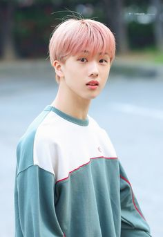 """""""I thought it was only a shadow, but what I found was a weak young man who was curled up in the rain. (NCT local au) main cast : - jaemsung - noren - other. Taeyong, Jaehyun, Nct 127, Park Ji-sung, Kpop, Rapper, Nct Dream Members, Park Jisung Nct, Na Jaemin"""