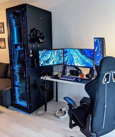 Build a better desktop. We inspire you to create your very own computer setup, workstation and battlestation. Computer Gaming Room, Gaming Room Setup, Computer Setup, Pc Setup, Desk Setup, Gaming Pcs, Gaming Rooms, Video Game Rooms, Custom Pc
