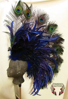 fascinator on Etsy, a global handmade and vintage marketplace. Peacock Costume, Peacock Dress, Peacock Art, Peacock Feathers, Burlesque Costumes, Carnival Costumes, Halloween Costumes, Carnival Diy, Carnival Dancers