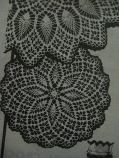 Vintage Mail Order 7165 CROCHETED DOILIES Pattern Crochet Pineapple Spider-web