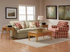 broyhill living room chairs with 4 and no sofa 37 best images furniture seating emily 6262 by express hudson s dealer