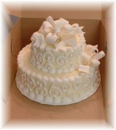 """Anniversary Cake This is a small 10 """"and """"tall each tier) anniversary . anniversary cake This is a small 10 """"and """"high each tier) anniversary cake in butter cream w Pretty Cakes, Cute Cakes, Beautiful Cakes, Amazing Cakes, 40th Anniversary Cakes, Marriage Anniversary, Anniversary Ideas, Cake Cookies, Cupcake Cakes"""