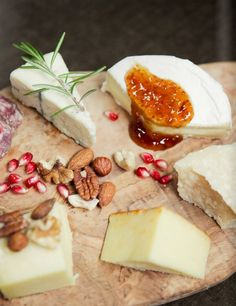 How To Host A Wine And Cheese Pairing Party | Ruche | Bloglovin'