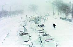 CHICAGO BLIZZARD 2011 third biggest snowstorm on record