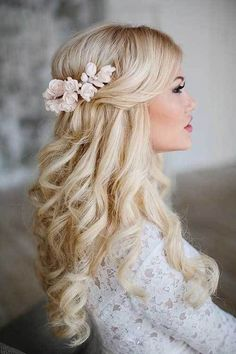 25 Elegant Half Updo Wedding Hairstyles