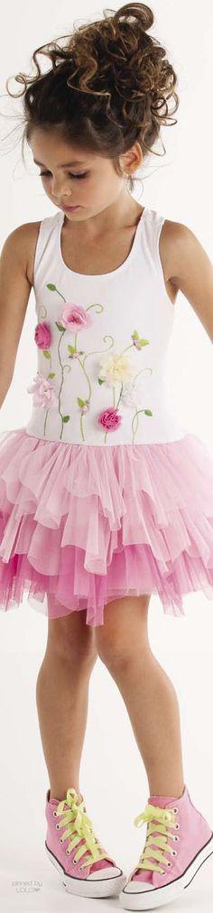 Popular Baby Girl Dresses For Wedding Rose Petals Little Dresses, Little Girl Dresses, Cute Dresses, Girls Dresses, Flower Girl Dresses, Little Girl Fashion, Kids Fashion, Vestidos Zara, Tulle Dress