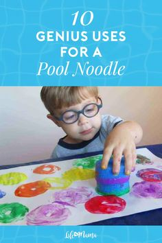 Pool noodles aren't just for the swimming pool! Beyond outdoor activities this versatile item can be used for indoor games and crafts among other brilliant uses. Here are 10 genius uses for a pool noodle. All can be used indoors! Fun Arts And Crafts, Holiday Crafts For Kids, Easy Crafts For Kids, Thanksgiving Crafts, Kids Christmas, Diy For Kids, Toddler Art Projects, Craft Projects For Kids, Toddler Crafts