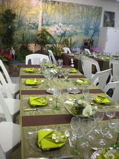 1000 ideas about deco table mariage on pinterest id e for Decoration 50 ans homme