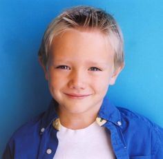Adorable kid from Real Steel. Dakota Goyo, Little Boy Haircuts, Wanting A Baby, Real Steel, Boy Face, Modern Kids, Mini Me, Picture Photo, Little Boys