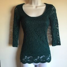 NWT teal green lace top with scalloped hem. Front is fully lined. Firm unless bundled. Thank you. Rue 21 Tops Blouses