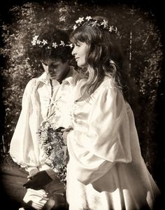 Arlo and his bride.  Jackie Guthrie: 1944-2012  ~ Shorpy - The 100-Year-Old Photo Blog