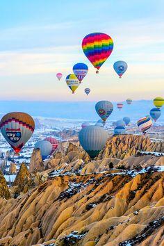"madishy: ""Cappadocian balloons by Christian Jangvik "" Air Balloon Rides, Hot Air Balloon, City Photography, Nature Photography, Nature Pictures, Beautiful Pictures, Balloon Flights, Air Tickets, Amazing Nature"