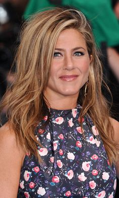 Jennifer Aniston with beach waves - Wedding Hairstyles