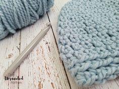 The Maggie Beanie: Free Easy Crochet Pattern Crochet Scarves, Crochet Yarn, Crochet Stitches, Free Crochet, Easy Crochet Hat Patterns, Crochet Beanie Pattern, Fun Patterns, Teaching Patterns, Chunky Crochet Hat