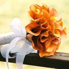 Bruidsboeket handgebonden, trouwen in de herfst