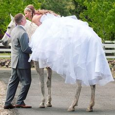 I love the brave brides. This was pre-wedding, a first look on horseback… Galia Lahav, Brave, Instagram Posts, Wedding, Valentines Day Weddings, Weddings, Mariage, Marriage, Chartreuse Wedding
