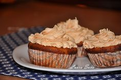 Briose cu dovleac No Cook Desserts, Pumpkin Recipes, Muffins, Cupcakes, Sweets, Cooking, Breakfast, How To Make, Mai