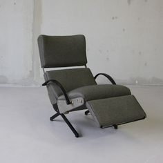 Osvaldo BORSANI, Reclining Lounge Chair P40 - Tecno | Firma London | DesignAddict