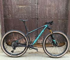 Mtb Bike, Bike Trails, Cycling Bikes, Road Bike, Xc Mountain Bike, Best Mountain Bikes, Bicycle Art, Bicycle Design, Bianchi Methanol