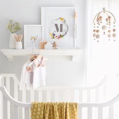 Blush pink, mustard and the most adorable fawn. Love this nursery ♡ The handsome little sparrow will be joining Scandikid soon! Image | @oh.eight.oh.nine