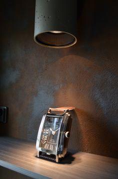 Novacolor Italia tuotteet ovat korkealuokkaisen sisustamiseen. Löydät perinteiset kalkkilaastit, mattapintaiset maalit, himmeästi metalliset sisustusmaalit, ruoste ja kuparimaalit ja mikrosementtiset sisustuslaastit jopa kosteisiin tiloihin. Dekotuotteella on laaja valikoima sisustusmateriaaleja, jos etsit jotain omaa ja erilaista. #habitare2015 #design #sisustus #messut #helsinki #messukeskus