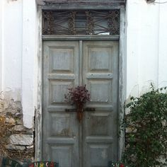 An old and traditional corner of #Paros ..! Photo credits: @heloiseloy
