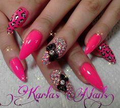pointy nail tips!!