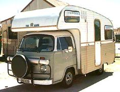 caravan freestyle: 2008-08-31 Volkswagen Transporter, Vw Bus, Motorhome, Cool Rvs, Vw Camping, Man Up, Bays, Fish Camp, Caravans