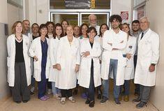 A Torino nasce la Biobanca per la ricerca sui linfomi e il mieloma multiplo Quando le sinergie e le collaborazioni tra ricercatori diventano realtà i risultati sono di altissimo livello. E' quanto accade a Torino, dove la Fondazione Neoplasie Sangue (Fonesa) sostiene il progetto della Fondazione Italiana Linfomi (FIL) per l'allestimento di una Biobanca che avrà un ruolo d #biobanca #mielomamultiplo #fonesa Torino, Coat, Jackets, Fashion, Medicine, Down Jackets, Moda, Fashion Styles, Jacket