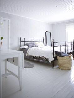 Kuvia makuuhuoneesta // Uusi Kuu Awesome Bedrooms, Furniture, Bohemian, Home Decor, Blog, Decoration Home, Room Decor, Home Furnishings, Blogging