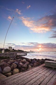 Mi ciudad natal de Nueva Plymouth es muy famoso para es paseo costero. Es muy bonito pasear por la orilla del mar
