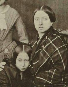 Rainha Vitoria & Alice - terceiro filho e segunda princesa