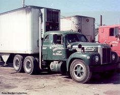 Mack B Series w/sleeper - Truckin Little resin model