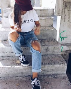 outfit tumblr con jeans rotos Casual Summer Dresses, Dresses For Teens, Girl Fashion, Fashion Dresses, Womens Fashion, Style Converse, Kohls Dresses, Amazon Dresses, Dresses Dresses