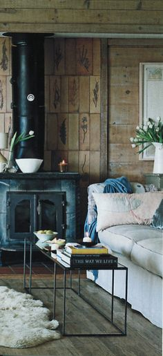 Wood stove in the living room.we all have those in our living rooms here in the Sierra! Home Interior, Interior And Exterior, Interior Decorating, Interior Design, Decorating Ideas, Vintage Stil, Shabby Vintage, Sweet Home, Photo Deco
