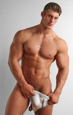 built nude Male