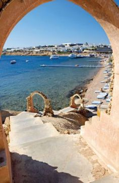 two months, too long to wait . Sharm El Sheikh, Amazing Pictures, Wanderlust Travel, Santorini, Gates, Concept, Doors, Friends, Outdoor Decor