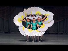 "Beautiful room of kindergarten ""Cherry"" – Homedesign Ideas Preschool Graduation Songs, Baby Vision, Action Songs, Flower Dance, Show Dance, Kids Learning Activities, Kids Shows, Diy Cards, Diy For Kids"