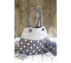 another wool felt handbag...so cute! http://sussiebell.com/