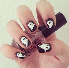 Cute little Caspers! Ghost nails for Halloween.