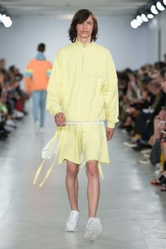 Christopher Shannon Spring 2017 Menswear Fashion Show Runway Fashion, High Fashion, Fashion Show, Mens Fashion, Street Fashion, Vogue Paris, Christopher Shannon, Interview, Couture