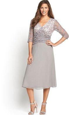 Berkertex  Embellished Lace Bodice and Sleeve Dress Size 18