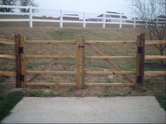 Split Rail Double Drive Gates. pioneer fence company in milford