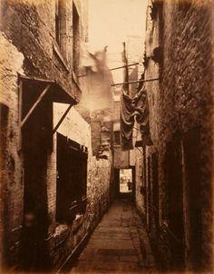 Slum in Glasgow 1871