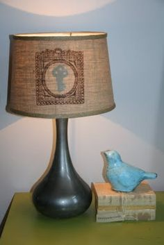 #DIY Hidden Silhouette lamp shade! When you turn the lamp on you can see the key, when you turn it off if goes away!